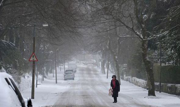 Winter is NOT OVER: Eight inches of snow to hit UK this weekend in ferocious …